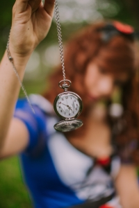 clock macro pocket watch 3023593 200x300 - clock-macro-pocket-watch-3023593